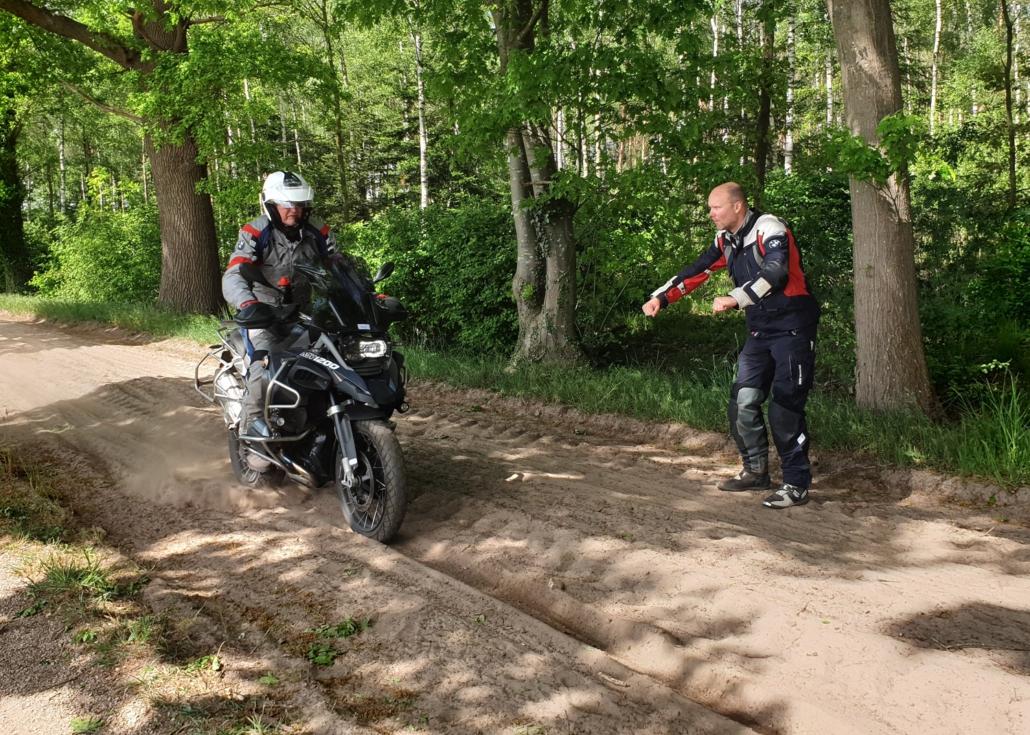 Offroad motortraining op maat bij BERRT Reizen en Trainingen