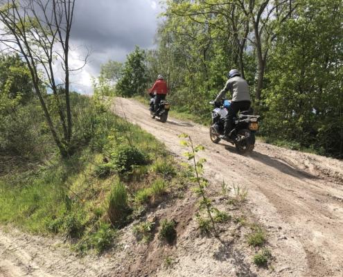 Experience Island Adventure Trial training heuvels op en af rijden met volle motorbeheersing
