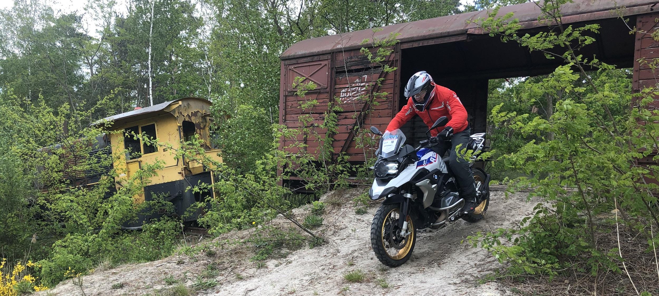 Experience Island Adventure Trial training voor beter allroad motorrijden slider