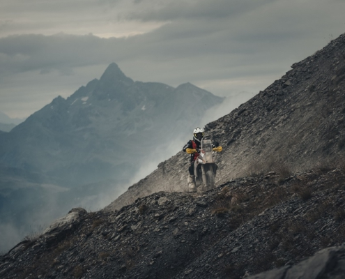 Geweldige uitzichten bij Offroad rijden in de Alps Tourist Trophy Rally door Italie met de allroad motor