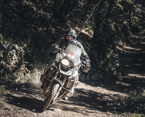 Intensief Offroad rijden in de Alps Tourist Trophy Italie met BERRT op de allroad motor