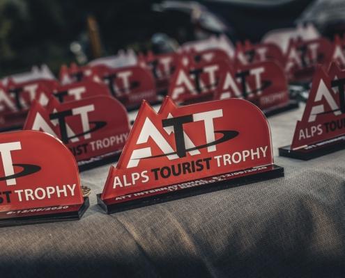 Met of zonder klassement deelnemen aan de amateur Allroad Rally Alps Tourist Trophy Italie op de motor offroad in de bergen
