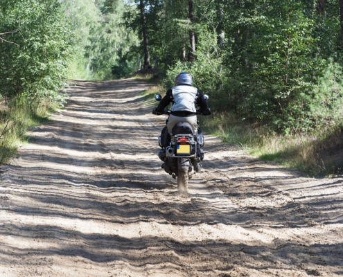 Enduropark Furstenau Dagrit offroad rijden met BERRT op de Allroad motor over zandpaden - BMW GS