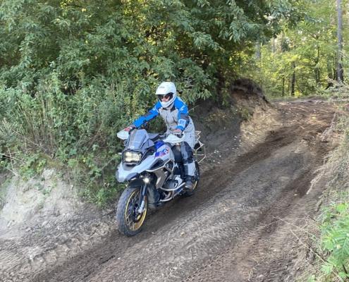 Genieten van zandhellingen afrijden op de allroad motor in Fürstenau met BERRT