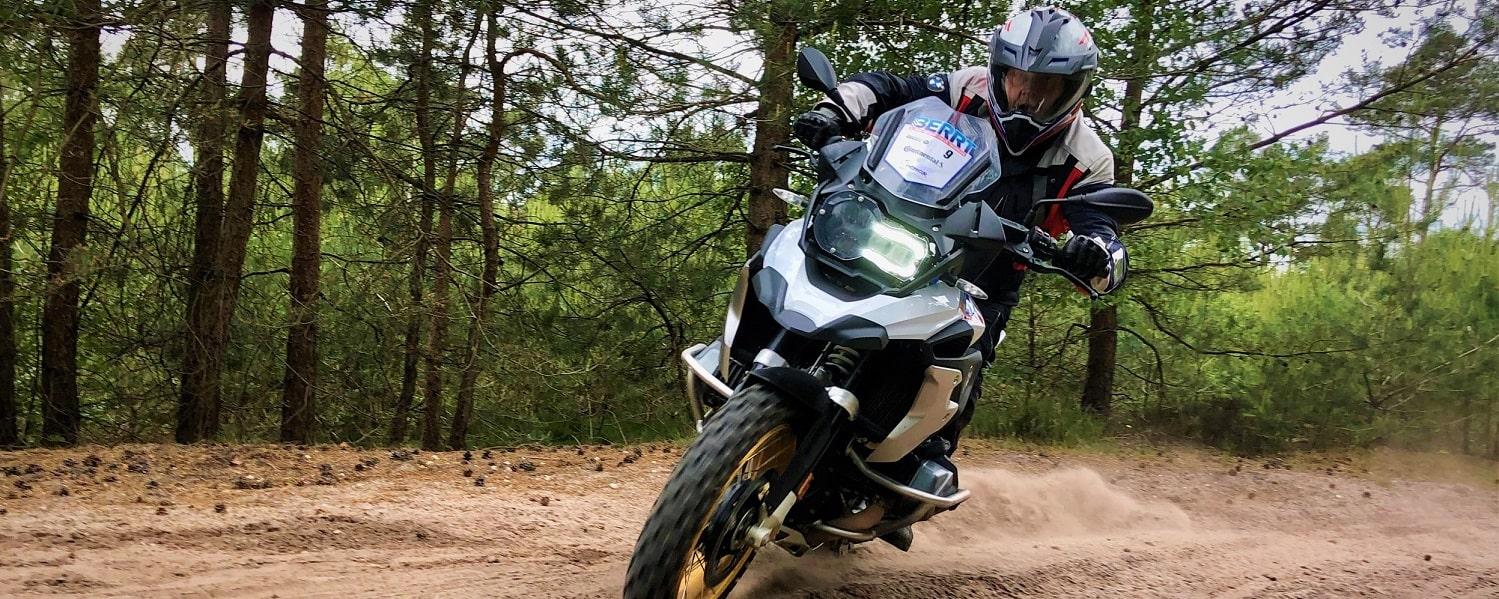Allroad Intermediate Training met meer snelheid bochten rijden in zand BERRT