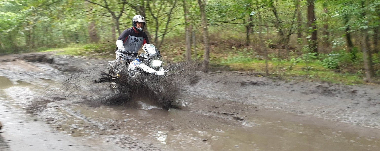 Modder rijden in de BERRT Furstenau Advanced Training